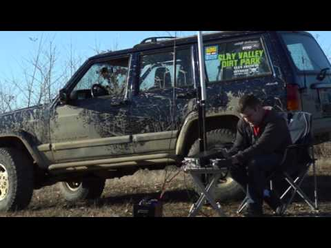 Universal Radio goes into the field, Jeep Excursion Nov 2015